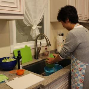 DELTA タッチ水栓で、洗物も楽々です