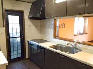 典型的な日本のキッチン